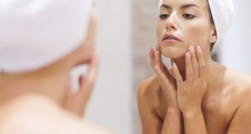 Deal effectively with wrinkles by visiting a dermatologist